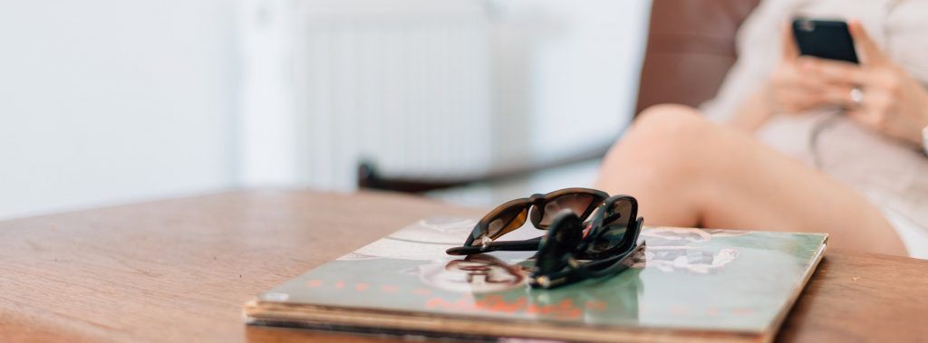 sunglasses-1149212_1920